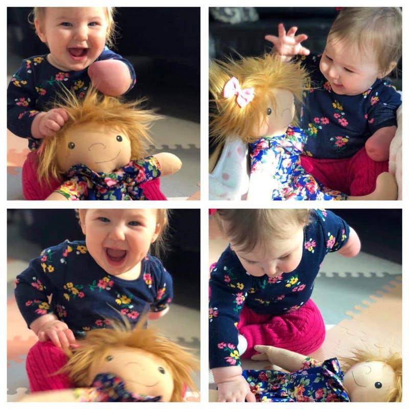 O femeie creeaza papusi pentru copiii bolnaviori. Jucariile arata exact ca ei. Fericirea micutilor speciali in 10 fotografii emotionante | Demamici.ro