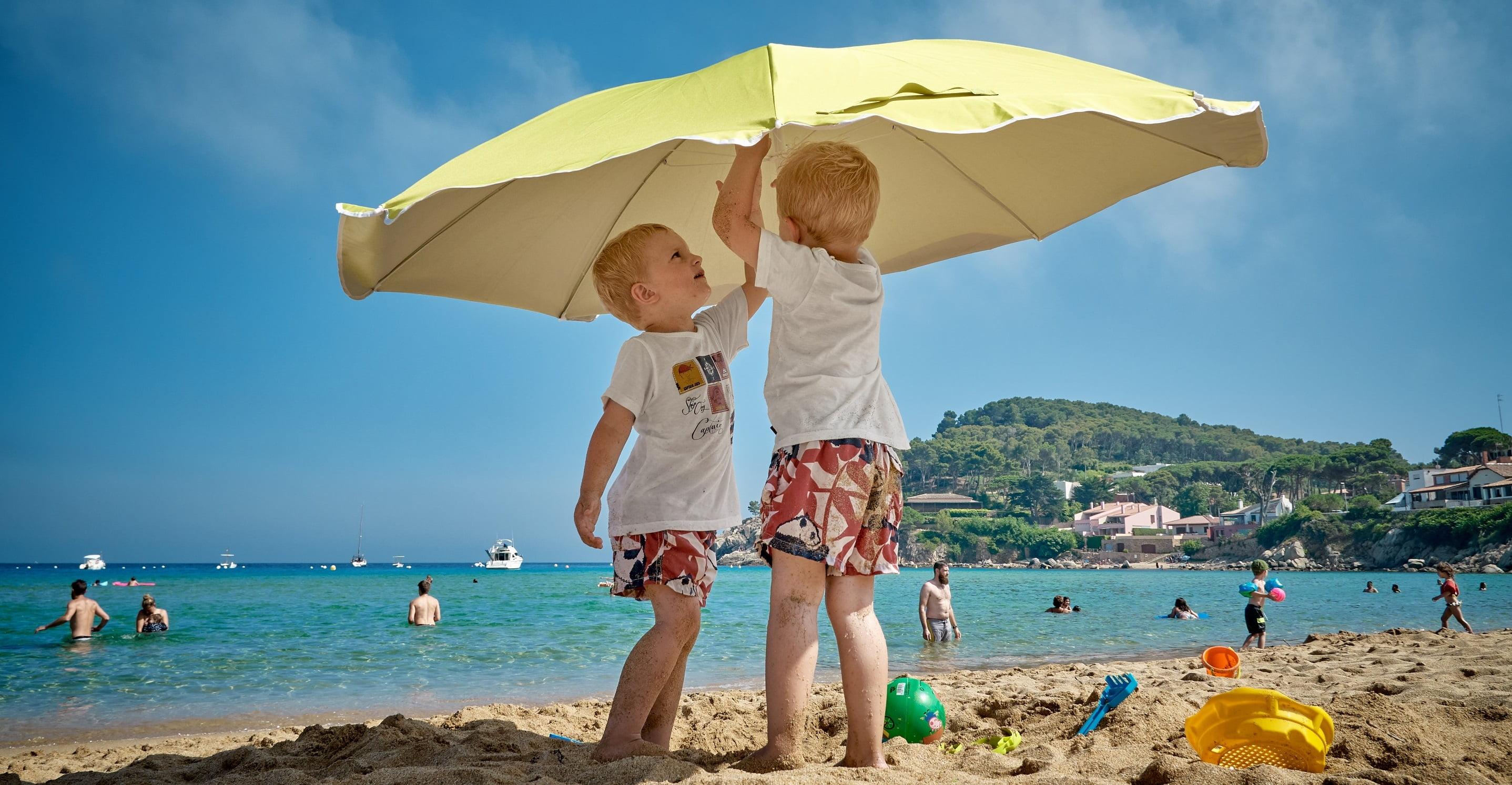 Care sunt riscurile expunerii la soare a bebelusilor   Demamici.ro