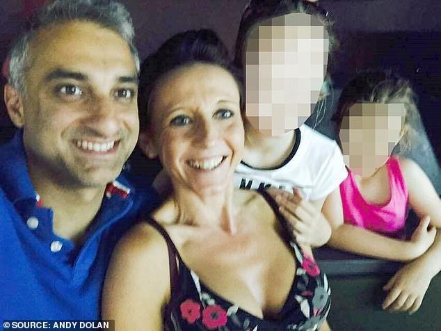 O mama dezvaluie momentul cand iubitul ei incearca s-o omoare pe ea, dar si pe copilul ei nenascut, aplicandu-i 24 de lovituri de cutit in
