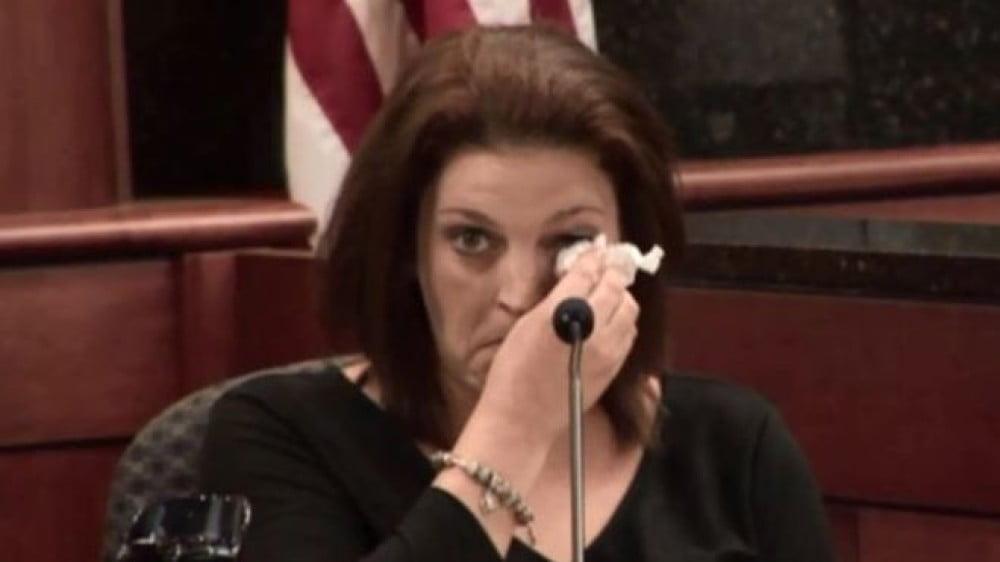 """O mama implora iertare pentru sotul care i-a ucis cei 5 copii: """"Ei l-au iubit!""""   Demamici.ro"""