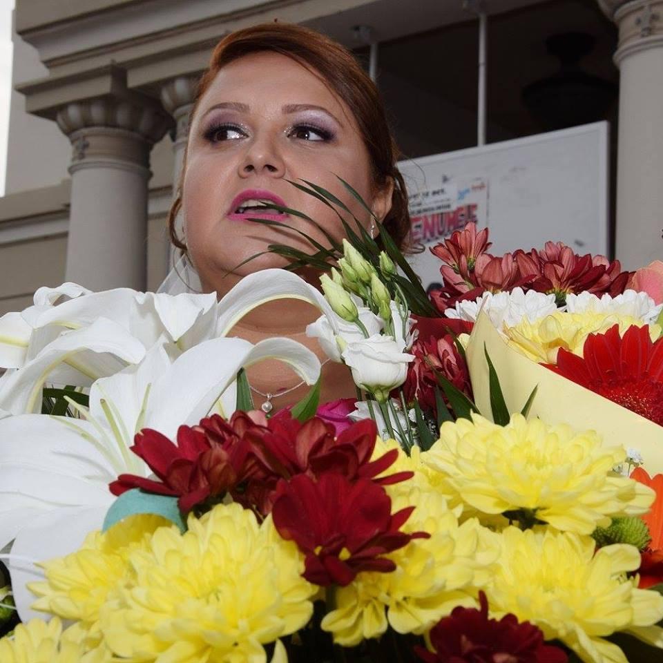 O femeie de 35 de ani a murit in spital dupa ce-a nascut natural un copil de 4,5 kg. Familia acuza VIDEO | Demamici.ro