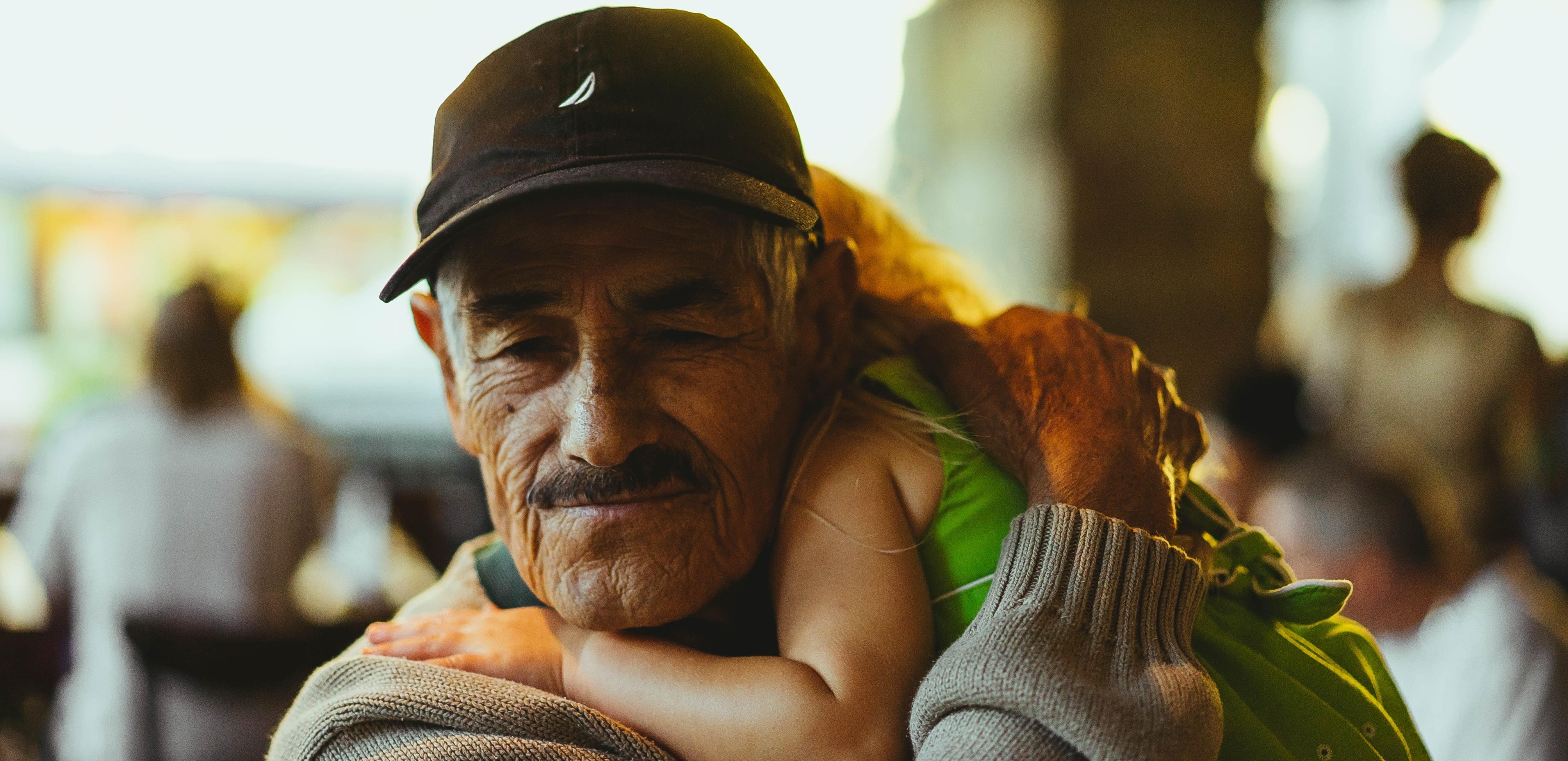 Pentru toti bunicii - nu am putea sa facem asta fara voi. Multumim! | Demamici.ro
