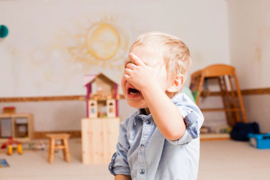 Cum sa-ti ajuti copilul sa se adapteze mai usor la gradinita - sfatul psihoterapeutului Alexandra Jarda | Demamici.ro