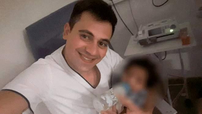"Un asistent medical a adoptat un baietel bolnav, abandonat de parinti. I-a promis: ""Daca deschizi ochii, te iau acasa!"" | Demamici.ro"