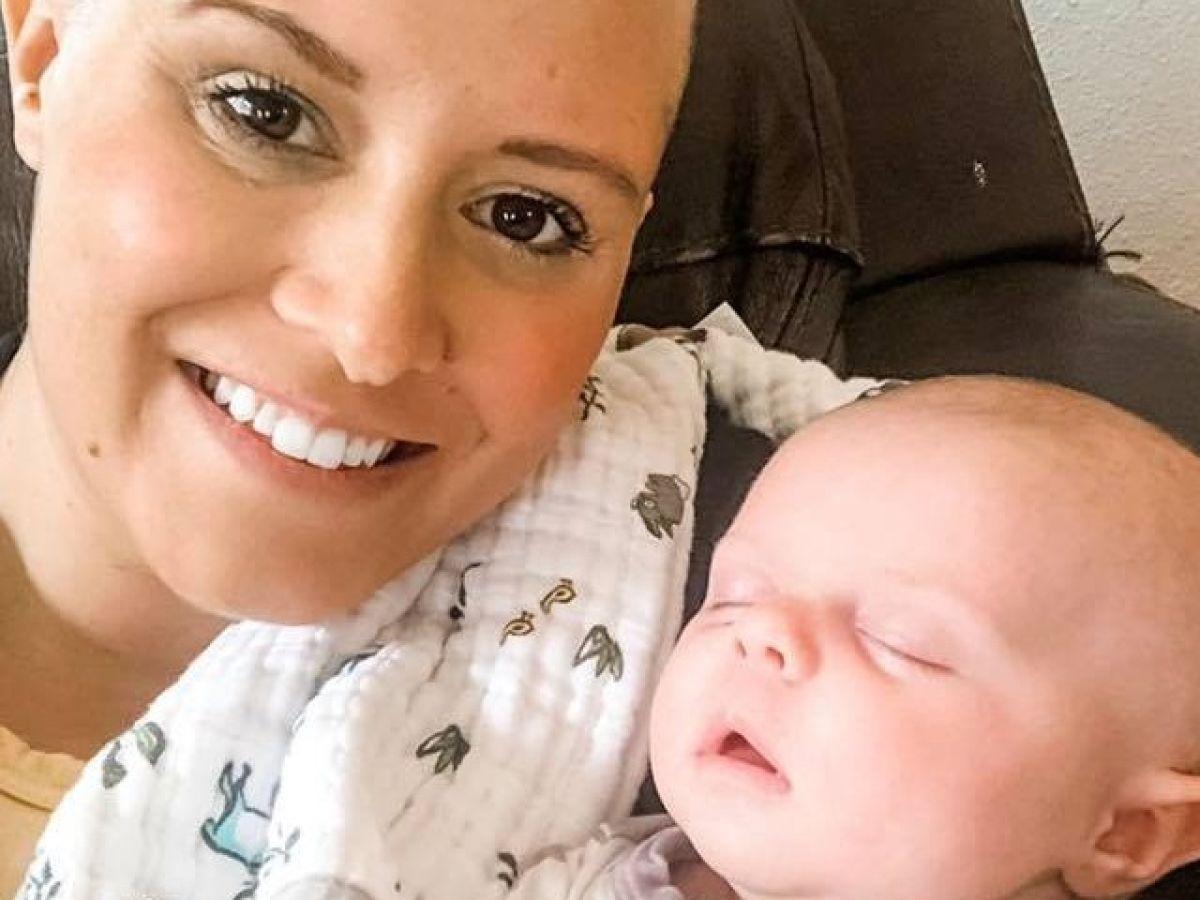 Diagnosticata cu cancer la san in ziua in care a nascut