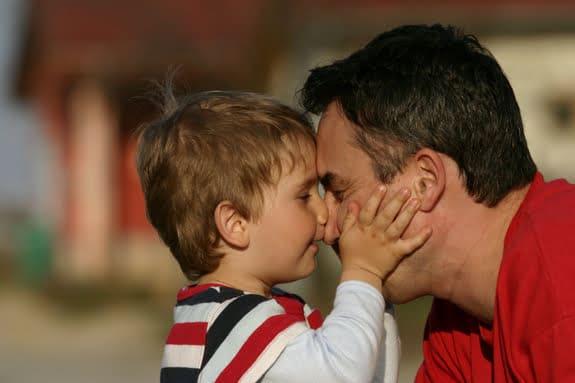 Cat de importanta este prezenta tatalui in viata copilului