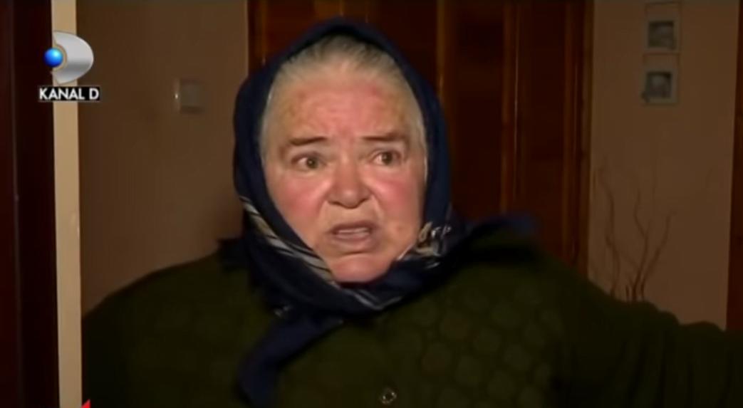 Fetita de 3 ani, in stare grava dupa ce a cazut de la etajul 3. Fetita era in grija bunicii VIDEO | Demamici.ro