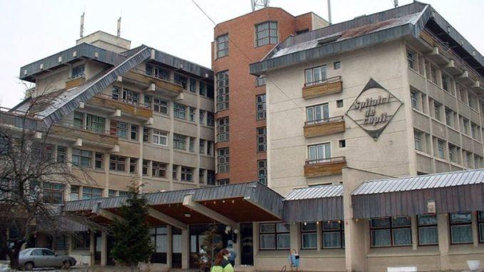 Doi bebelusi gemeni de 2,5 luni au murit la scurt timp dupa externarea din spital | Demamici.ro