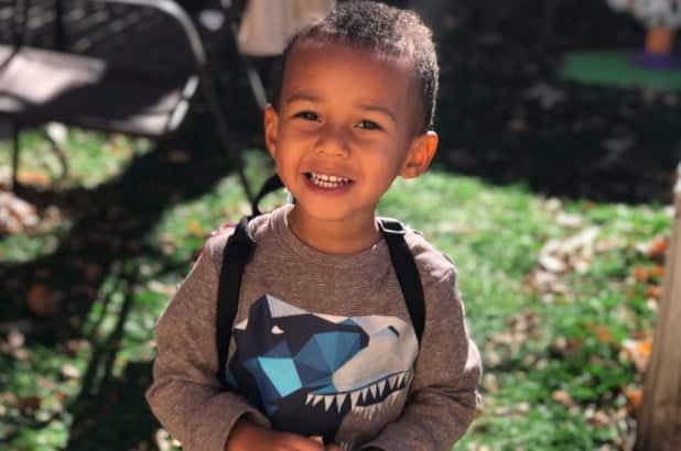Un baietel de 4 ani a murit de gripa dupa ce mama a refuzat sa-i dea tratamentul prescris de medic | Demamici.ro
