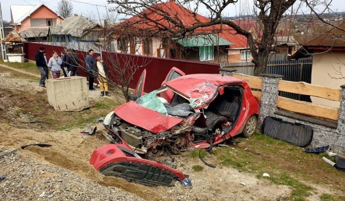 O fetita de 3 luni a murit singura in casa. Mama a iesit sa se uite la un accident auto   Demamici.ro