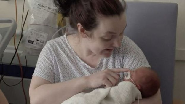 Zambetul sperantei. Fetita nascuta prematur a invins coronavirusul | Demamici.ro