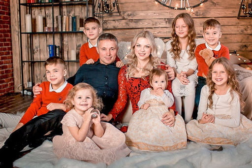 Moldoveanca Mariana, mamă cu 7 suflete: