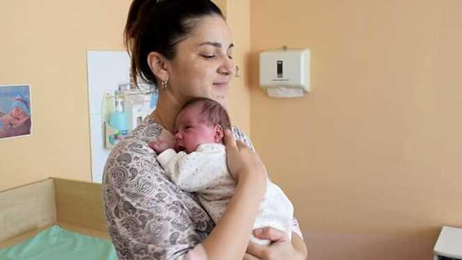 A născut la doar două luni de la prima naștere. Ce explicație au dat medicii   Demamici.ro