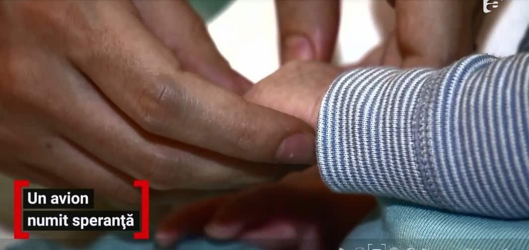 """Micuța Sofia avea la naștere 1.400 grame și o malformație la inimă: """"Puteai să o ţii în palmă. Mânuţa ei era cât unghia"""""""
