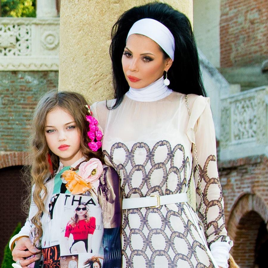 """Cum arată acum fetița numită """"Cel mai frumos copil din România"""""""