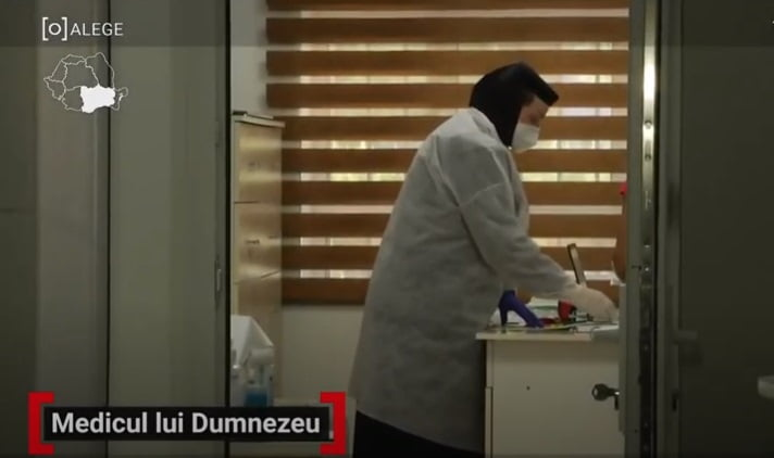 Măicuța Parascheva, salvator pentru 1500 de suflete. Cu bani europeni a reușit să ridice un cabinet medical într-un sat uitat de lume