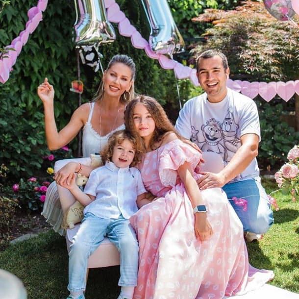 """Andreea Bănică, aniversare de 4 ani pentru micuțul Noah: """"La 38 de ani nu mi-am imaginat că voi deveni din nou mămică"""""""