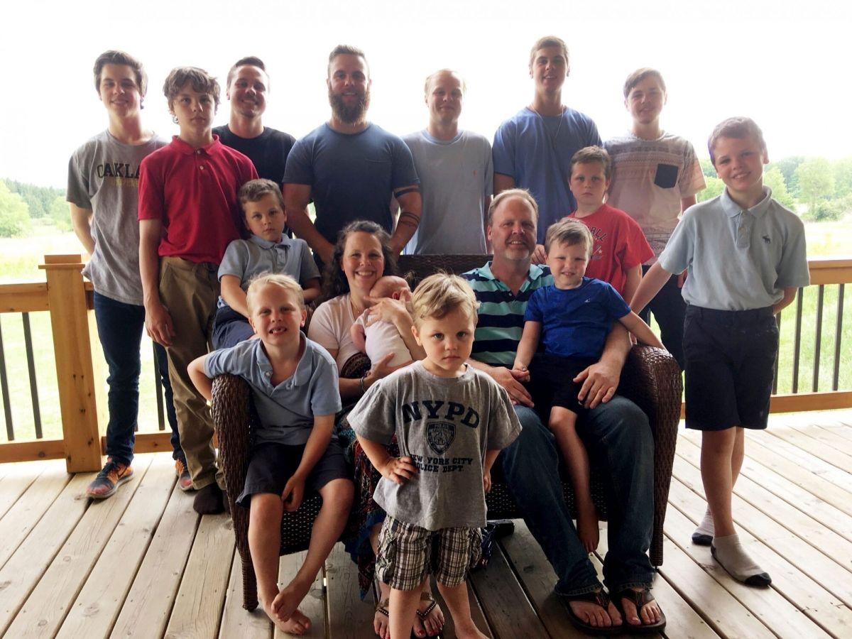 După 14 băieți, o familie din SUA sărbătorește venirea pe lume a unei fetițe | Demamici.ro