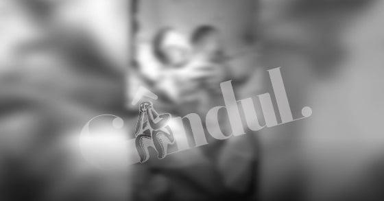 O mamă a născut un bebeluș cu două capete la un spital din București