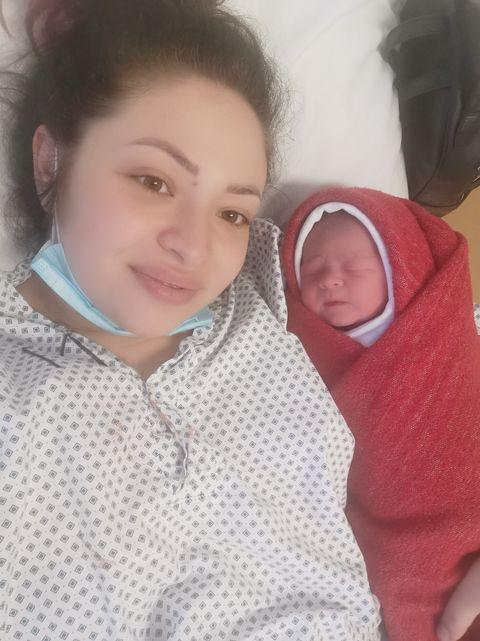 Naștere la Maternitatea Brăila. Mădălina a povestit cu lux de amănunte ce s-a întâmplat în timpul nașterii naturale | Demamici.ro