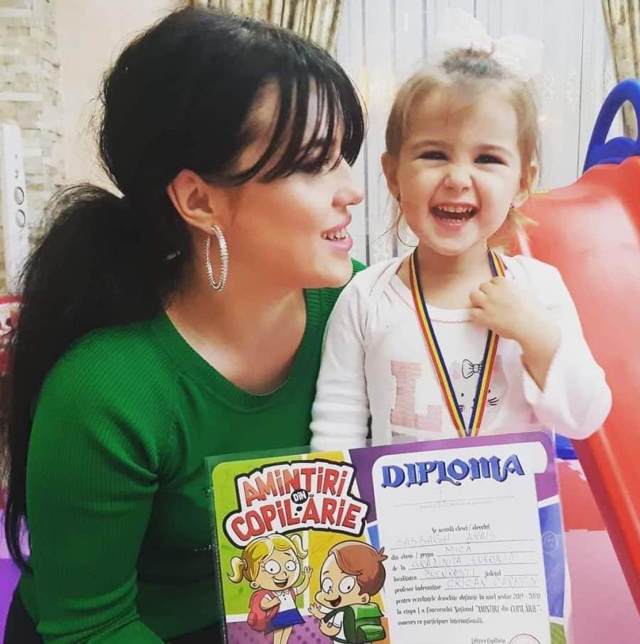 Fetița jurnalistului Christian Sabbagh, orintre micile genii din România