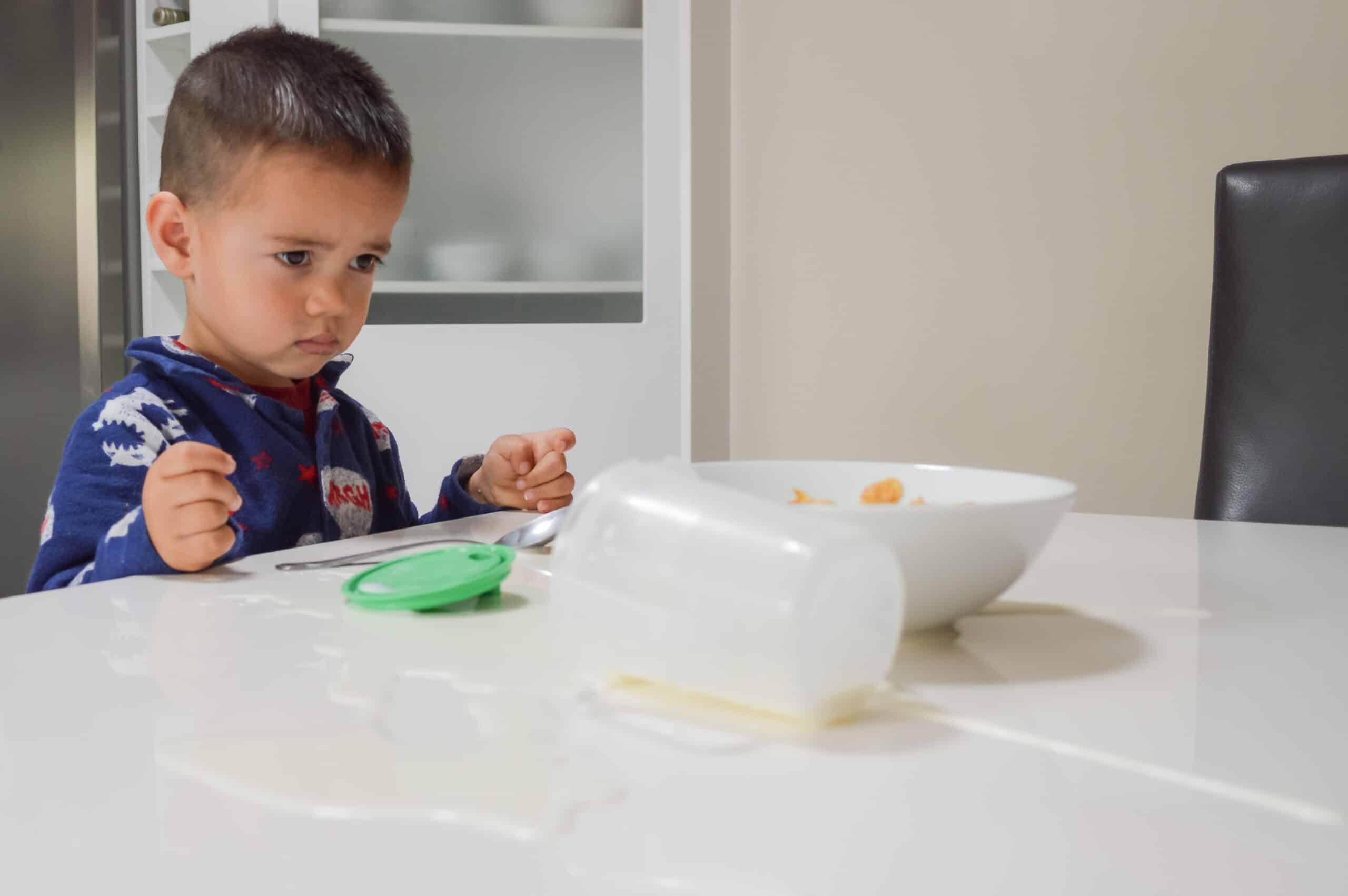 Metoda Montessori la tine acasă. De ce pedepsele nu mai funcționează la copii