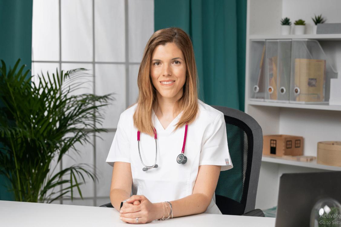 Cum îngrijim corect un nou-născut? Interviu cu Ilinca Tranulis, medic pediatru specialist, consultant în lactație IBCLC   Demamici.ro
