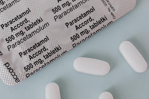 Doi copii din Botoșani, în stare gravă după ce s-au intoxicat cu paracetamol