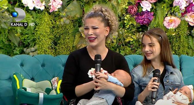 Alina Laufer, prima apariție cu gemenii la TV. Fiica cea mare, Karina, ajutorul ei de nădejde