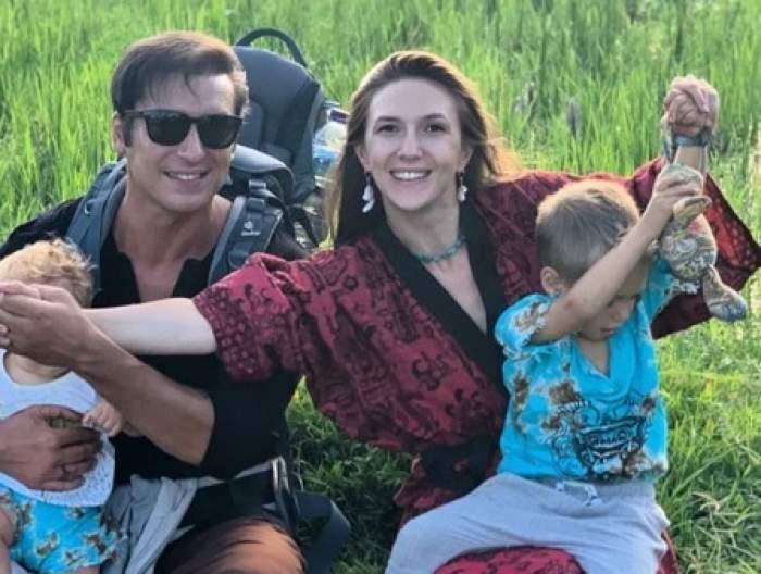 """Radu Vâlcan, viață de tată cu 3 băieți: """"Când Adela era în travaliu am plâns"""""""