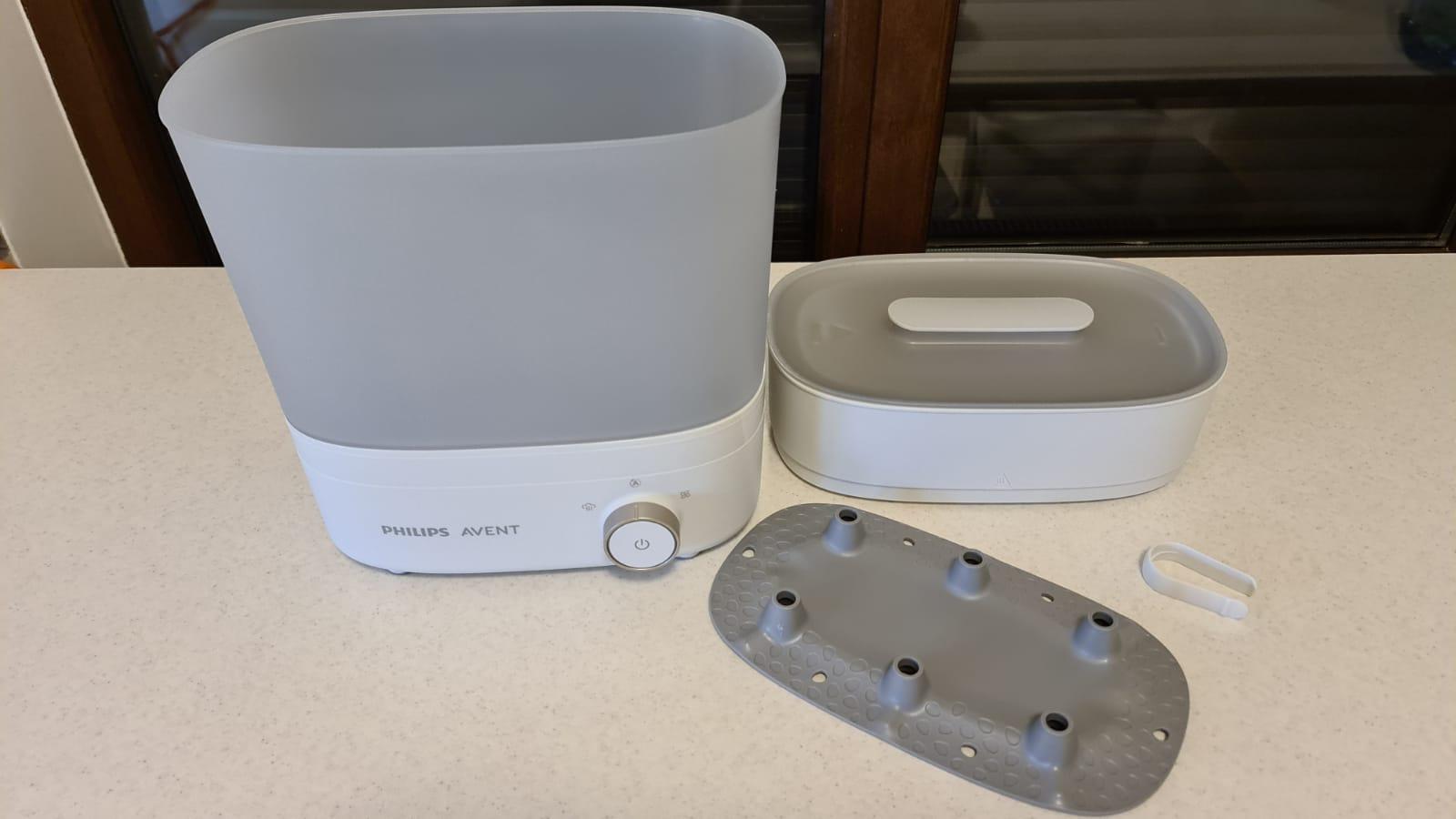 Cum spălăm, curățăm și sterilizăm echipamentul folosit la hrănirea bebelușului? Un start sănătos pentru copilul tău | Demamici.ro