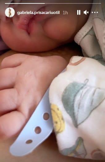 Dani Oțil a devenit tătic. Gabriela Prisăcariu a născut azi primul lor copil